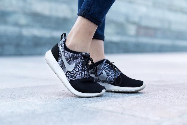 city-woman-feet-legs-large