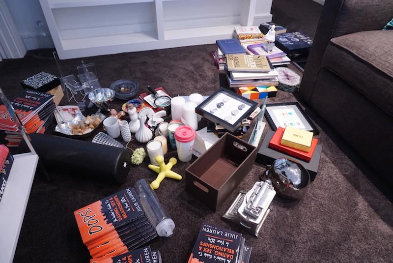 Bookshelves-before_mess